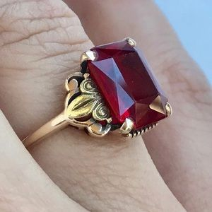 Jewelry - SOLD! Vintage ruby ring DO NOT PURCHASE.